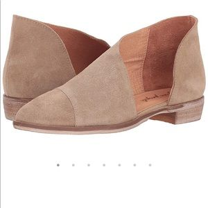 NWT Free People Royale Flat